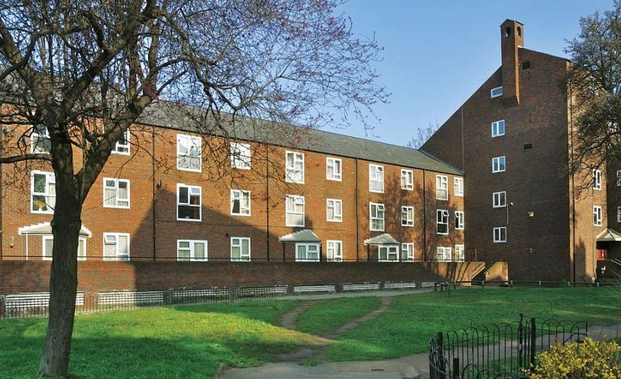 Nevern Square, Seven Sisters Road