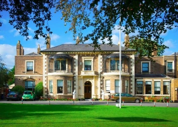 Brinsworth House, Twickenham